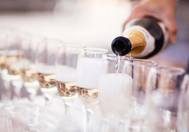Champagne é uma boa pedida  (Foto: Thinkstock)