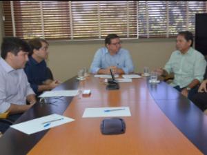 Lúcio Gomes toma posse como secretário das Cidades (Foto: Marcos Studart/Governo do Estado)