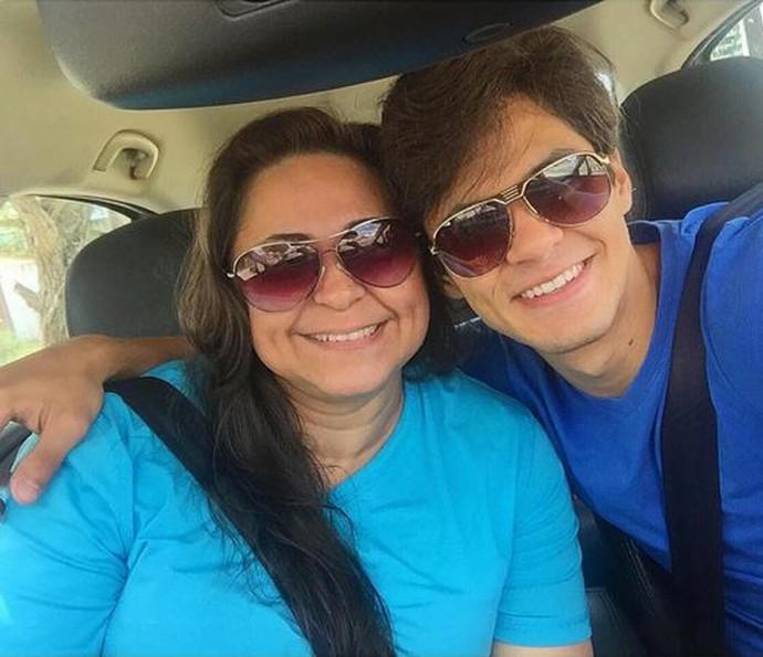 Luacs Veloso quer trazer a mãe para o Rio de Janeiro (Foto: Arquivo Pessoal)