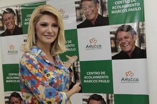 Antônia Fontenelle inaugura o Centro de Acolhimento Marcos Paulo (Foto: Isac Luz / EGO)