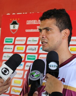 Goleiro Naylson, do River-PI (Foto: Josiel Martins)