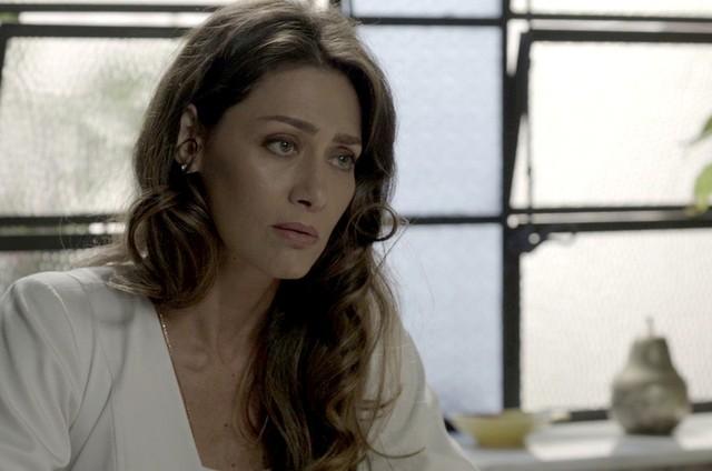 Maria Fernanda Cândido é Joyce em 'A força do querer' (Foto: Reprodução)