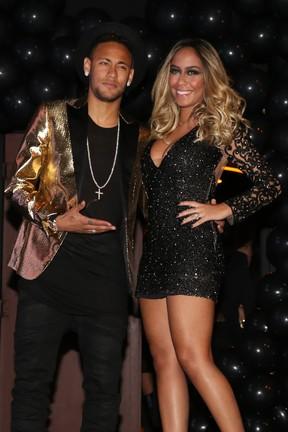 Neymar  e a irmã Rafaella Santos (Foto: Manuela Scarpa e Marcos Ribas/Brazil News)