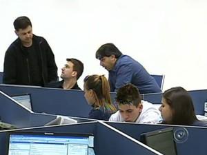 Programa de trainee é uma ótima chance para muita gente recém-formada conquistar uma boa vaga de trabalho (Foto: Reprodução/TV TEM)