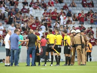 Atlético-PR Coritiba Arena da Baixada Atletiba (Foto: Giuliano Gomes/ Agência PR PRESS)