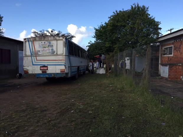 Ônibus cães Alvorada RS (Foto: Nelson Fernandes/Arquivo Pessoal)