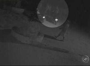 Assaltantes tentaram fugir e um deles acabou sendo morto (Foto: Reprodução/TV TEM)
