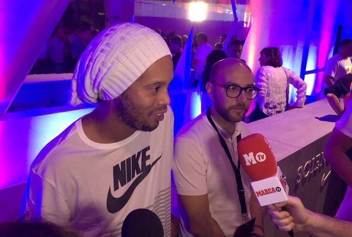 Ronaldinho Gaúcho evento Nike Milão (Foto: Claudia Garcia / GloboEsporte.com)