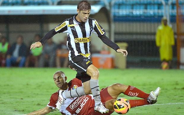 Fellype Gabriel jogo Botafogo CRB (Foto: Fernando Soutello / Agif)