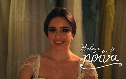 Coque para noivas: inspire-se no penteado clássico
