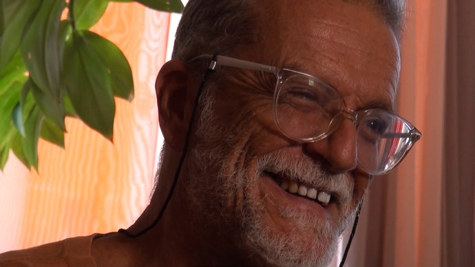 Músico Tuzé de Abreu destaca a importância da axé music para a economia baiana (Foto: TV Bahia)
