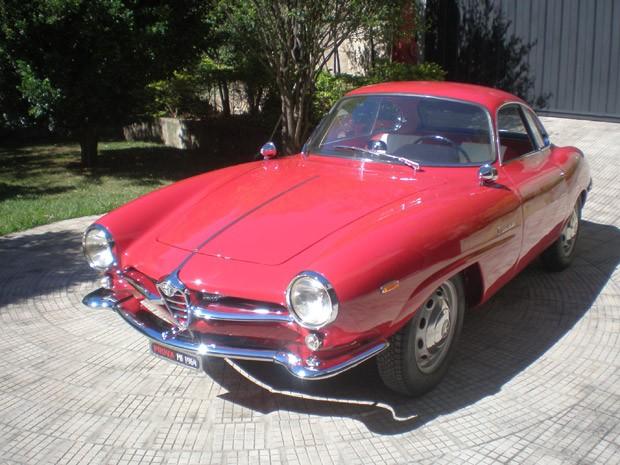 O Alfa Romeo Giulia SS 1964  (Foto: Divulgação)