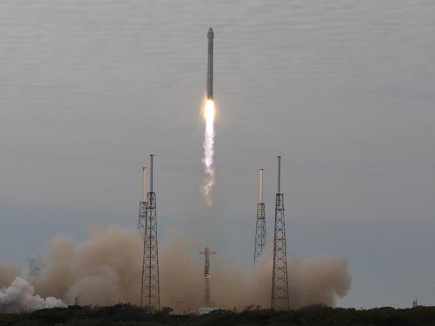 Lançamento do foguete Falcon 9, da SpaceX (Foto: Reuters/Scott Audette)