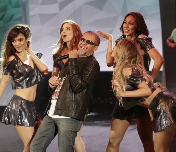 Hit Papo de Jacaré, do P.O. Box também fez sucesso no palco do Domingão (Foto: Fábio Rocha/Gshow)