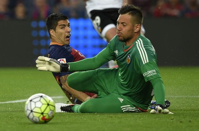 Diego Alves Valencia Barcelona (Foto: AFP)