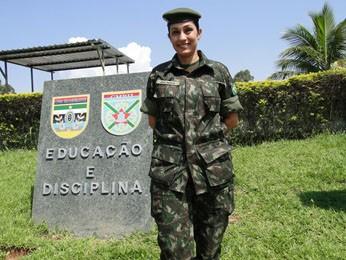 Major Ana Mara descobriu concurso para trabalhar no Colégio Militar aos 25 anos e ingressou no Exército aos 27, realizando um sonho de criança. (Foto: Cristina Moreno de Castro / G1)
