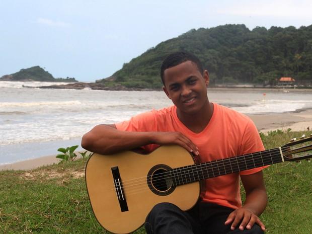 Jovem de Itanhaém vai representar o Brasil na academia de Londres (Foto: Divulgação / Prefeitura de Itanhaém)