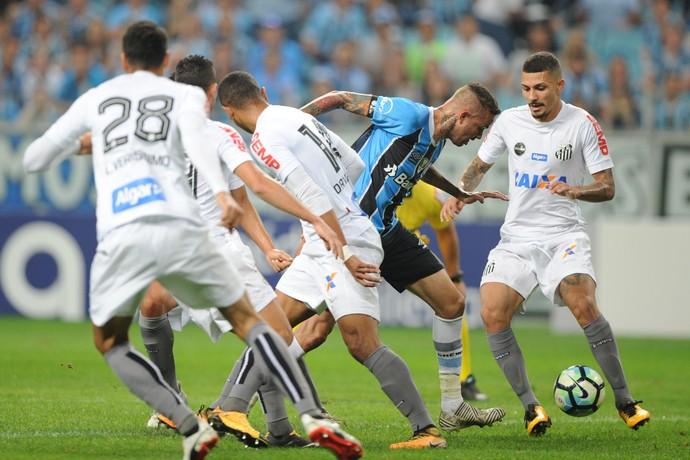 Luan diante do Santos na Arena (Foto: Wesley Santos/Agência PressDigital)