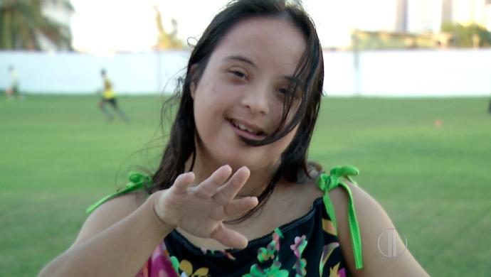 Mônica de Souza, torcedora do ABC (Foto: Reprodução/Inter TV Cabugi)