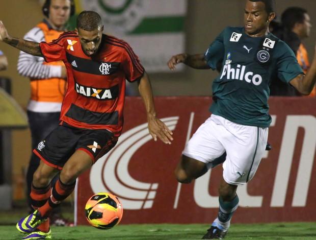 Paulinho Flamengo x Goiás (Foto: Luiz Pires / Vipcomm)