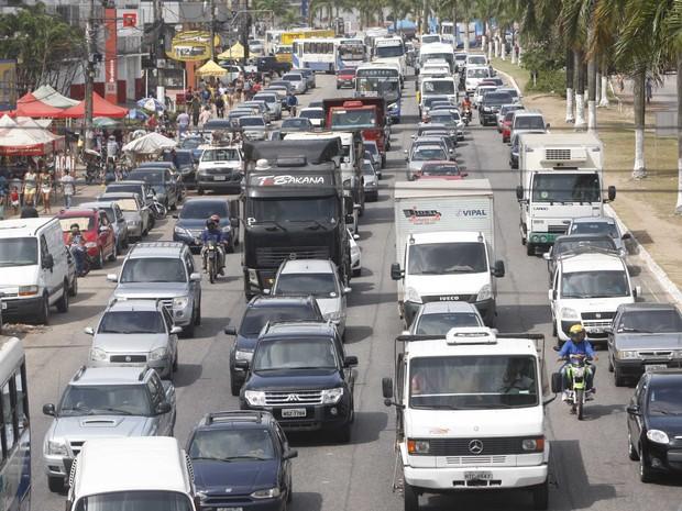Carros sem multa têm desconto no pagamento do IPVA 2016. (Foto: Tarso Sarraf/O Liberal)