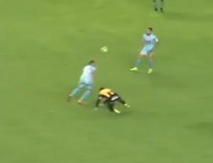 Gol Mauricio Prieto pelo Bolivar (Foto: Reprodução SporTV)