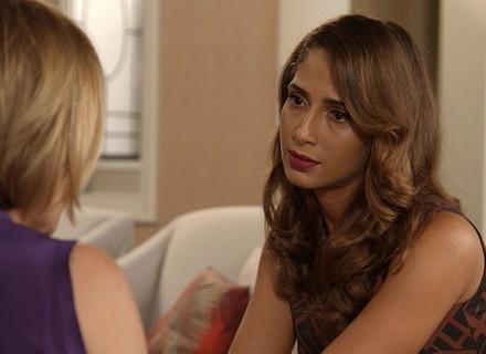 Inês conta a Regina que Beatriz armou para matar Evandro