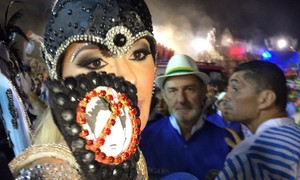 'Prejudicou milhares', diz presidente do Peruche sobre Ju Isen tirar roupa