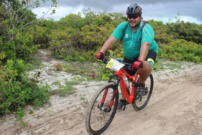Atleta de 150kg completa prova de rali  (Foto: Emanuele Madeira/GloboEsporte.com)