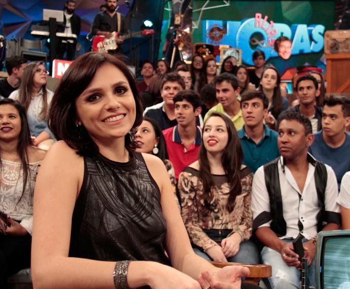 Monica Iozzi participa da gravação do programa Altas Horas (Foto: Marcos Mazini/Gshow)