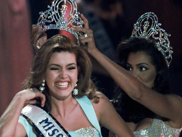 Alicia Machado foi eleita Miss Universo em 1996 (Foto: AP Photo/Eric Draper)