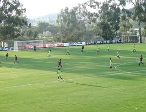 jogadores treino América-MG  (Foto: Gabriel Medeiros)