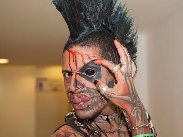 Evento reúne fãs da arte de modificar o corpo (Foto: Ale Frata/Código 19/Estadão Conteúdo)