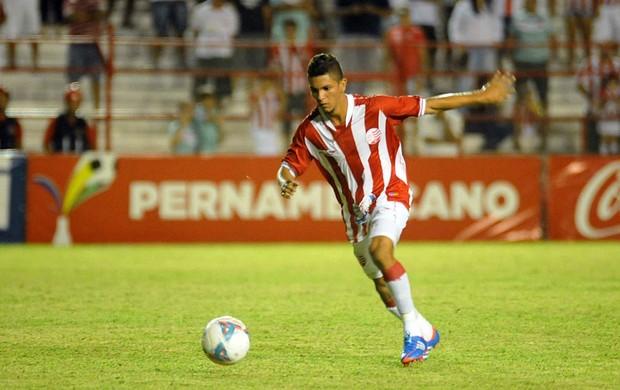 joão paulo náutico (Foto: Aldo Carneiro / Pernambuco Press)