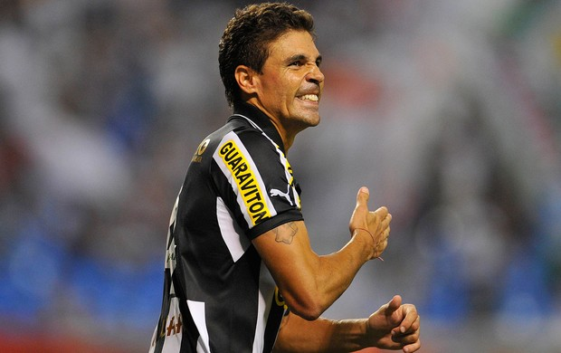 Bolivar gol Botafogo x Fluminense (Foto: Fernando Soutello / AGIF)