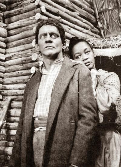 Sérgio Cardoso e Ruth de Souza em cena de 'A Cabana do Pai Tomás', exibida em 1965 e que tinha a atriz como protagonista (Foto: Reprodução TV Globo)