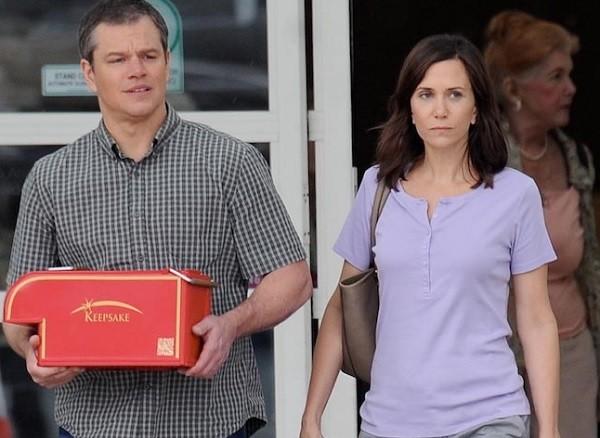 Matt Damon e Kristen Wiig vivem casal que topa ser reduzido a 5 centímetros de altura no filme Downsizing (Foto: Divulgação)
