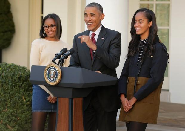 Barack Obama com as filhas, Sasha e Malia Obama (Foto: Getty Images)