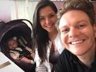 Thais Fersoza curte sábado com Michel Teló e a filha, Melinda