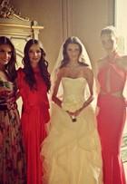 Renata Dominguez faz piada com modelo que usou vestido igual ao seu