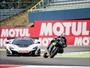 Moto X carro: Johann Zarco e Bruno Senna duelam na pista de Assen