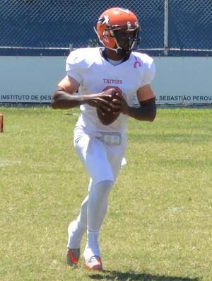 Bryant, quarterback do Vila Velha Tritões (Foto: Sidney Magno Novo/GloboEsporte.com)