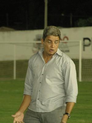 Reginaldo Sousa, técnico do Miramar (Foto: Juliana Bandeira/GloboEsporte.com/pb)