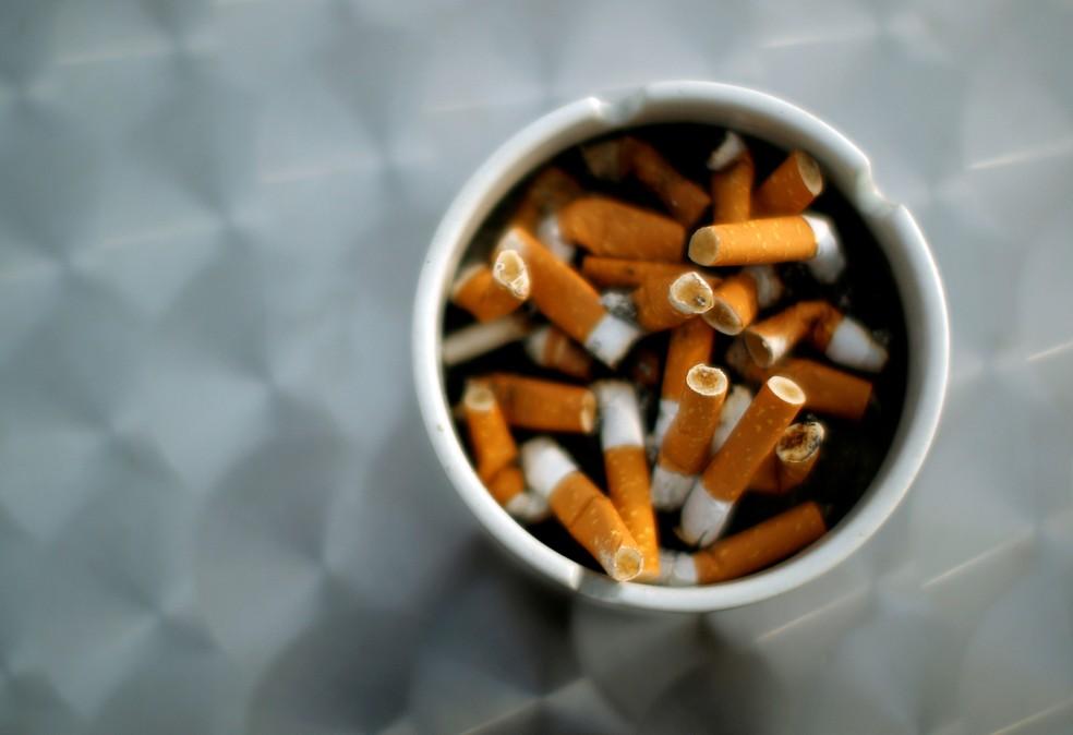 Segundo estudo divulgado nesta terça-feira pela OMS, custo do cigarro (Foto: Reuters/Lisi Niesner/File Photo)