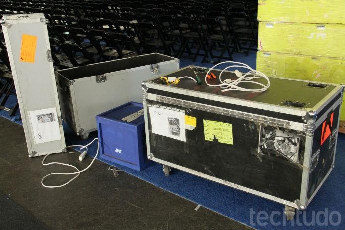 Muitos equipamentos nem saíram das caixas (Foto: TechTudo/Renato Bazan)