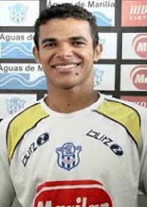 Xavier; lateral esquerdo; Parnahyba; campeonato piauiense; 2014 (Foto: Divulgação)