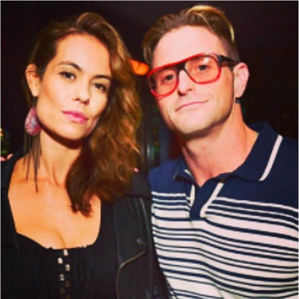 Cameron Douglas com a namorada brasileira, Viviane Thibes (Foto: Instagram)
