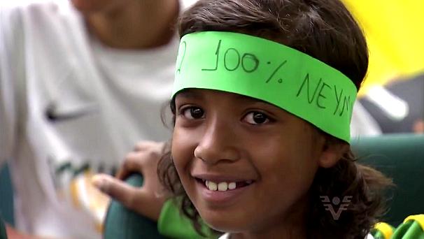 Alunos do Instituto são fãs do craque Neymar (Foto: Reprodução/TV Tribuna)