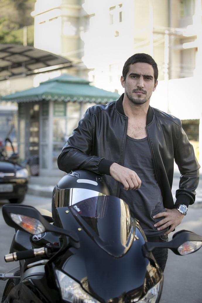 Renato Góes será o motoqueiro Gustavo (Foto: Raphael Dias / Gshow)