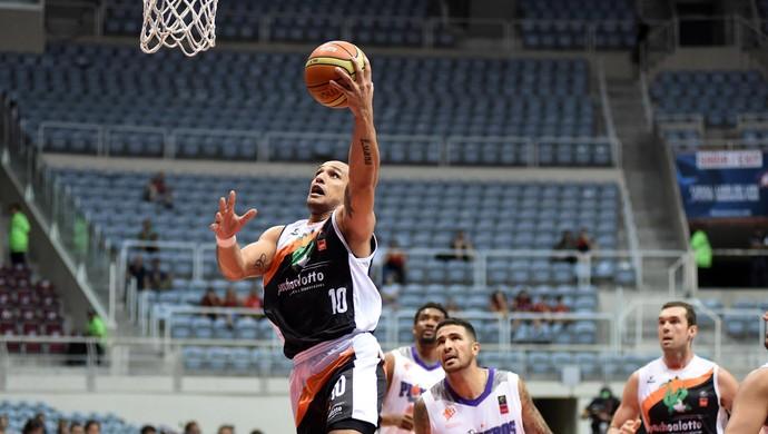 BAURU X PIONEROS basquete (Foto: André Durão)